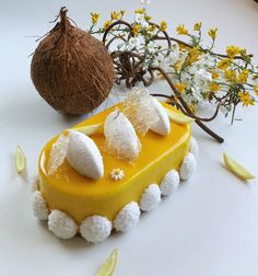 Délice citron coco - Les desserts de JN - Gisella P. Sorbet, Mousse Coco, Mango Tart, Baking Basics, Crazy Cakes, Something Sweet, Cake Recipes, Biscuits, Cooking Recipes