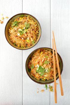 Easy Diner, Asian Recipes, Ethnic Recipes, Poke Bowl, Wok, Food Photo, Entrees, Tapas, Noodles