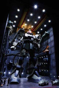 1:35 Zaku II in Custmade base II [Dragon Workshop]