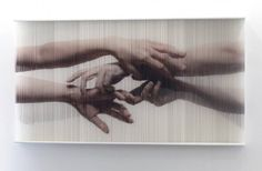 Realistic Pictures of Hands Created with Strings  The South Korean artist Hong Sungchul weaves very surprising works in which strings that are covered with paint slowly take the shape of hands in a very realistic and detailed style. These paintings that can be up to two meters long were displayed in Seoul and Paris.              #xemtvhay