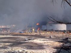 RT @noticias24: Imágenes inéditas: la devastación que se ve hoy en Amuay y sus alrededores