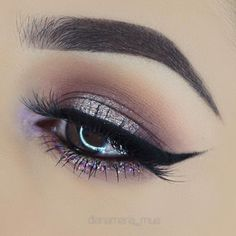 Purple glitter eye makeup look. Daytime or evening look. #makeuplooksglitter