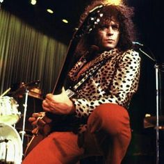 Visit our face book page to see a new video from our founder Gloria Jones http://ift.tt/2aV41SK #marcbolan #T.Rex #glamrock #gloriajones #charity #school #video #70smusic #pop #rock #rocknroll #chancetodance