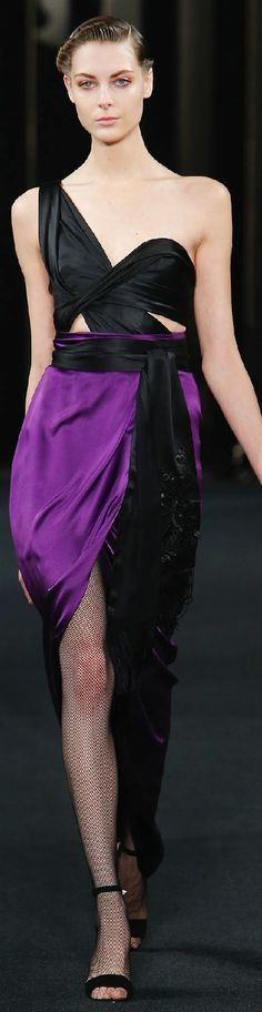 Fall 2015 Ready-to-Wear J. Shades Of Black, Shades Of Purple, Purple And Black, Purple Style, Black Colors, Colours, Purple Fashion, Couture Collection, Couture Dresses