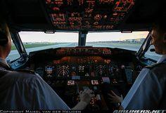 KL1032  Cleared Runway 27R   London Heathrow EGLL    B737 Flight Crew Ops Manual