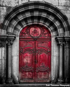Door and keys by Vahe Toumanian on 500px