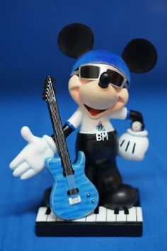 """Mickey Music Mouse 6"""" Resin Figurine #17809 75th Disney Inspearations RETIRED #WestlandGiftware #Figurines"""