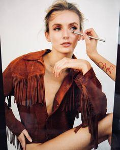 """Gefällt 109 Mal, 6 Kommentare - Anne-Lena Cox (@alcoxmakeup) auf Instagram: """"its me again 💁🏼♀️💄 #bts #makingof @jennwerner_ @evastaudinger #supermodel #girlsteam #portraits…"""""""