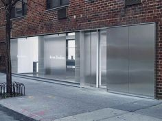 Sophie Hicks sets Acne Studios' flagship identity in the concrete jungle - News - Frameweb Acne Studios Store, Retail Facade, Retail Signage, Architects London, Into The West, Retail Interior, Facade Design, Concrete Jungle, Facade Architecture