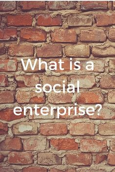 What is a social enterprise? Click through to get the free guide! #socent