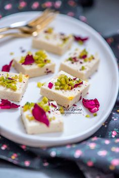 Recipe for a Bengali sweet Sandesh. ready in five minutes.