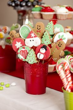 Fotoğrafçı Hüseyin Pehlivan, chocolate, çikolata, cupcake, noel, red, white, kırmızı, green, yeşil, beyaz, muffin, candy, christmas tree, xmas, santa claus, santa, party, 2014, new year