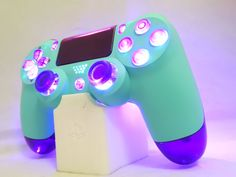 Custom Newly Released Dualshock 4 Controller by Sony-New Color Design Model Blue Sky-Purple Translucent Shell Buttons-LED Afterglow Cool Ps4 Controllers, Ps4 Controller Custom, Game Controller, Control Ps4, Playstation 4 Accessories, Custom Consoles, All Video Games, Vídeos Youtube, Gaming Room Setup