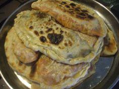 Gözleme, a török töltött lepény - Szegedi Ági | Türkinfo Pancakes, Chicken, Meat, Breakfast, Food, Morning Coffee, Essen, Pancake, Meals