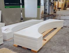 Bianco Dolomiti Tub Deck for a hotel decoration by CNC cut. Inspiration allied with precision only in Danta Marmor. #tubdeck #biancodolomiti #hotelbathroom #cnc #marble #dantamarmor