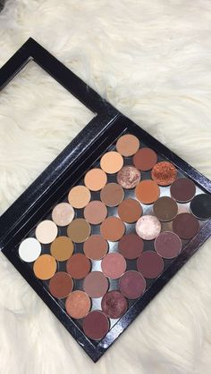 @seaairraw my completed XL z pallet with MUG and ABH shadows