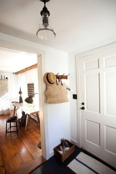 Farmhouse Entry by Tess Fine / How to create a foyer when there isn't one / www.mrshinesclass.com