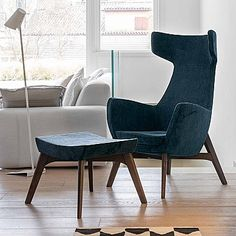 Blue, elegant and ultramodern 'Vamp' chair. Ultramodern, contemporary, soft fabric and high quality wood. My Italian Living.