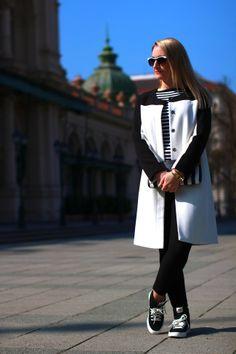 pants - Mango / top - Zara / rings, coat - C&A / sneakers - Nike via Deichmann / clutch - Vero Moda / sunglasses - no name / watch - Burberry / earrings - Majolie Black White Stripes, Black And White, Mango Tops, Burberry, Zara, Normcore, Sneakers Nike, Coat, Casual