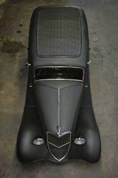 1939 Lincoln Zephyr Sedan Deco Liner Deidra Brocke Wallace Looks