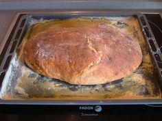 Domáci zemiakový chlieb pečený v rúre • Recepty SIMACO Thing 1, Home Baking, Banana Bread, Recipes, Basket, Brot, Recipies, Ripped Recipes, Cooking Recipes