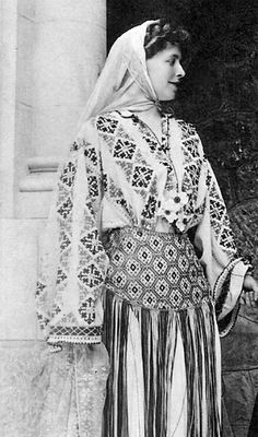 Marie of Romania, the first monarch to ever visit the United States of America, in a traditional dress from her country. Folk Costume, Costumes, Romanian Royal Family, Future Wife, Queen Mary, World Cultures, British Royals, Traditional Dresses, Royalty
