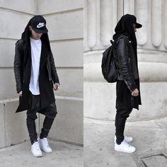 Nike Casquette, Bershka T Shirt, Zara Veste #1, Friperie Veste #2, Black Kaviar Pantalon, Nike Chaussure, Bershka Sac