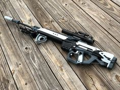Since we are quarantined, I built a Caliburn sniper blaster. Nerf Gun Attachments, Nerf Snipers, Modified Nerf Guns, Nerf Storage, Nerf Mod, Steampunk Weapons, 3d Printer Projects, Submachine Gun, Concept Weapons