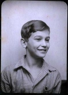 Peter Schiff, Anne Frank's childhood crush. He died at Auschwitz. Peter Schiff 1939, discovered 2008.