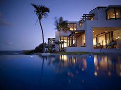 Glamorous villa near Sydney, absolutely beautiful the reflections