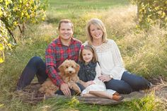 Family Photography, Outdoor Family Photography, Family Photo Session, Winery Photo Session, Family Session with dog