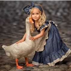 Retro Girl Kid Toddler Baby Princess Party Pageant Denim Tutu Dresses Photograph Hot New Vogue Sweet Fly Sleeve Denim Lace Dress Animals For Kids, Baby Animals, Cute Animals, Cute Kids, Cute Babies, Cute Pictures, Beautiful Pictures, Beautiful Wall, Beautiful Children
