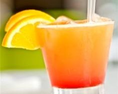 Best of Summer: Mocktails and Cocktails Summer Drinks) - Literally Inspired Beach Cocktails, Summer Drinks, Cocktail Drinks, Fun Drinks, Cocktail Recipes, Cocktail Glass, Grand Marnier, Jus D'orange, Summer Barbecue