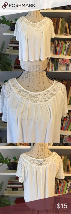F21 cropped white cotton & lace blouse size M F21 cropped blouse. White cotton with lace. Sized medium but could fit a large. Good condition! Worn once. Forever 21 Tops Blouses