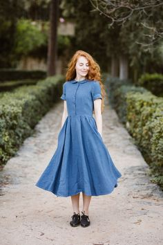 Son de Flor Classic Dress with Peter Pan collar in denim blue color, ethically made of high quality softened linen, irreplaceable during warm spring days. Linen Dresses, Blue Dresses, Short Sleeve Dresses, Denim Dresses, Short Sleeves, Vintage Wear, Vintage Dresses, Peter Pan Collar Dress, Country Dresses