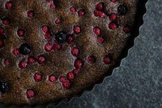 Rýchla maková bublanina bez múky vylepšená ríbezľami - Zdravé pečenie Markova, Raw Food Recipes, Poppies, Lily, Gluten Free, Sweet, Desserts, Low Carb, Cakes