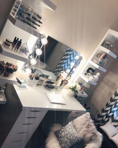 Craft teen bedroom