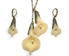 Ivory Calla Lily Jewelry - Calla Lilies Charms, Calla Lily Necklace Earrings Set, Vintage Style Jewelry
