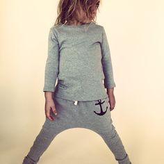 MALU ORGANIC  Organic gray outfit