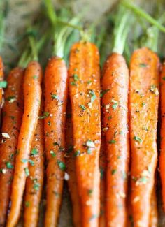 Low FODMAP & Gluten free Recipe - Sticky carrots with maple & thyme http://www.ibssano.com/low_fodmap_recipe_carrots_maple_thyme.html
