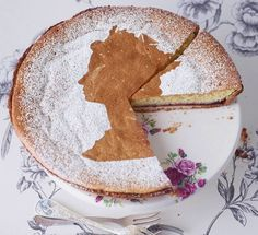 Teatime by Dietlind Wolf, made by Hermann Rottmann, photographed by Julia Hoersch
