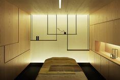 Kanebo Sensai Select Spa by Gwenael Nicolas February 2010 Tokyo designer Gwenael Nicolas of Curiosity has completed a spa Spa Design, Club Design, Salon Design, Massage Room, Spa Massage, Spas, Spa Sale, Spa Treatment Room, Spa Lighting
