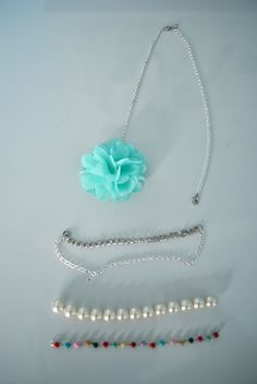 made this today. interchangeable necklace!  got the idea from here somewhere.