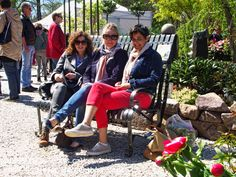 Photo in OBISS, expo - Google Photos Park Benches, Design Moderne, New Fashion, Baby Strollers, Backyard, Landscape, Children, Google, Photos