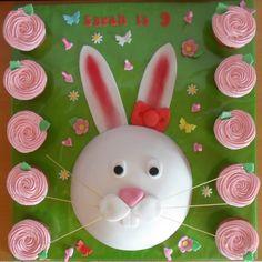 Rabbit / bunny birthday cake and rose