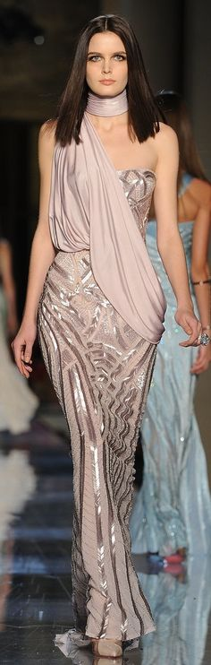 """Atelier Versace Couture Spring 2014  ❁❁❁Thanks, Pinterest Pinners, for stopping by, viewing, pinning, & following my boards.  Have a beautiful day! ❁❁❁ **<>**✮✮""""Feel free to share on Pinterest""""✮✮"""" #gifts www.fashionandclothingblog.com"""