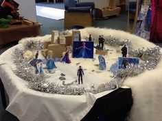 Frozen theme small world play from Moorsideprimary.net