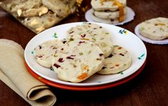 Fruit and nut shorbread - easy eggless cookies to make this festive season. Makes for a great edible gift.