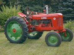 Long Model A tractor. Less than 400 known to exist built in 1948 & Antique Tractors, Vintage Tractors, Old Tractors, Vintage Farm, James Ford, Tractor Photos, Tractor Pulling, Classic Tractor, Rubber Tires