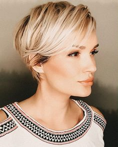 [Werbung]#unbezahlt☝🏻 👩🏻‍🎤x 2 #fashion #beauty #goals #pink #style #swag #inspiration #hairlove #shorthair #pixie #smile #pixiecut…
